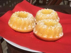 Orangen-Buttermilch-Muffins