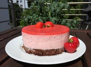 Kleines-Erdbeer-Joghurt-Törtchen