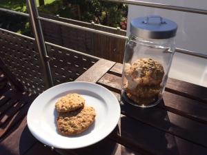 Bananen-Haferflocken-Cookies mit Schokolade