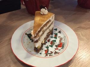 Weihnachtliche Bratapfel-Torte