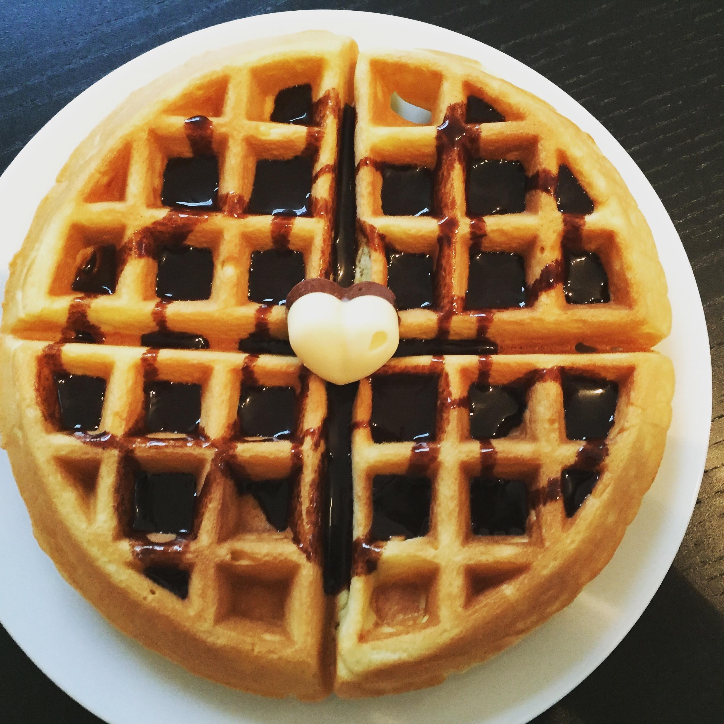 knusprige vanille waffeln der erste versuch das muffin m dchen. Black Bedroom Furniture Sets. Home Design Ideas