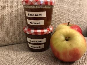 Apfel-Birnen-Marmelade mit Karamell