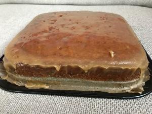 Sticky Toffee Cake - der saftigste Karamell-Kuchen überhaupt