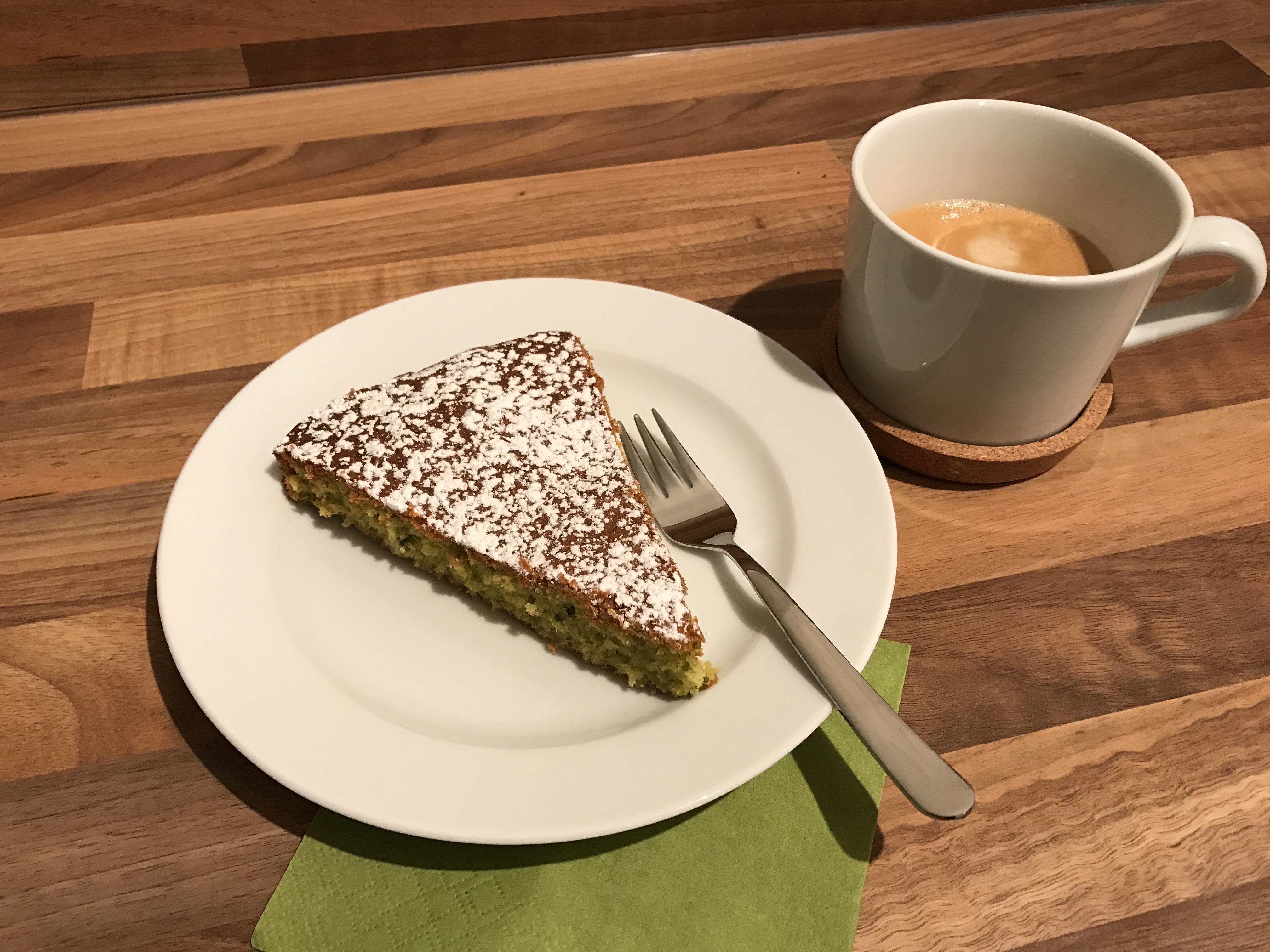 pistazien tarte mit kokos und oliven l das muffin m dchen. Black Bedroom Furniture Sets. Home Design Ideas